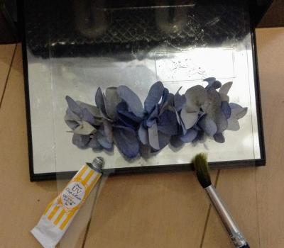 100均 コーヒーフィルター 紫陽花 貼るピアス バレッタ 作り方