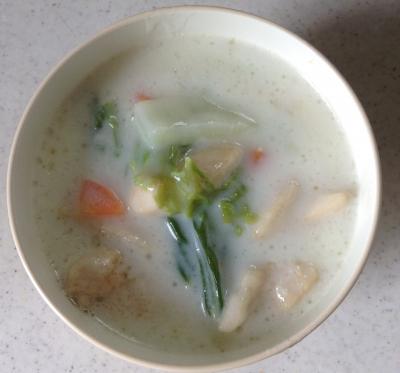 白菜 鶏胸肉 中華 スープ レシピ
