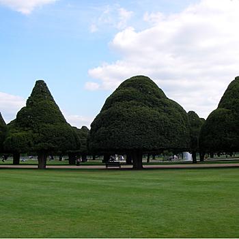 ハンプトンコートの庭