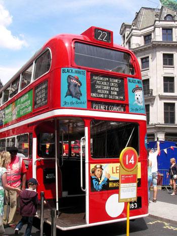 ロンドンバスイベント ロンドン交通局 ルートマスター