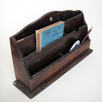アンティークウッデンレタースタンド  letter rack アンティーク木製レタースタンド