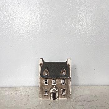 アンティークセラミックハウス  antique ceramic house