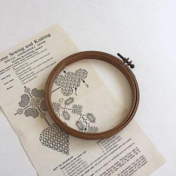 アンティーク刺繍枠 古い手芸用品 刺繍