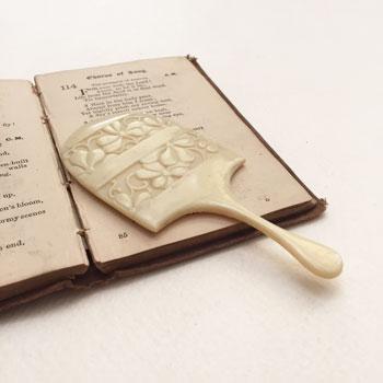 アンティーク象牙の手鏡