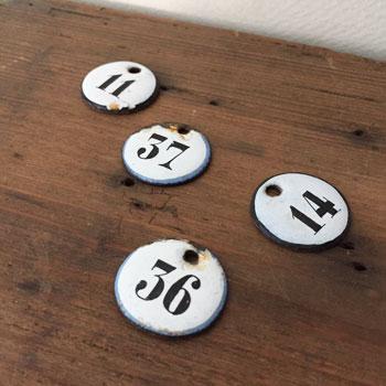 アンティークエナメルナンバープレート 数字のプレート アンティークナンバー antique enamel plate numberplate