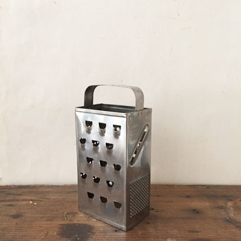 MADE IN ENGLAND アンティークグレーター GRATER