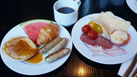 ホリデイイン朝食