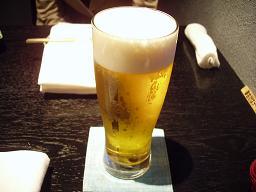 まずはビールで♪