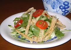 うす揚げのカリカリサラダ