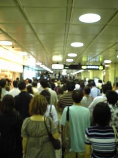 駅の入場制限