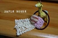 くるみボタンとモチーフ編みのヘアゴム
