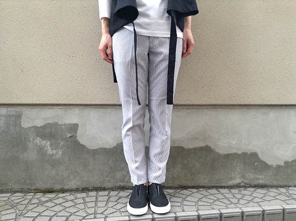 DMG ancle cut trousers.jpg