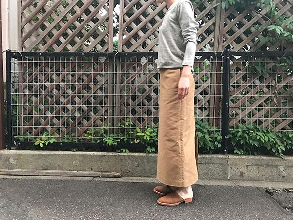AURALEE ヘビーモールスキンハイウエストスカート.jpg