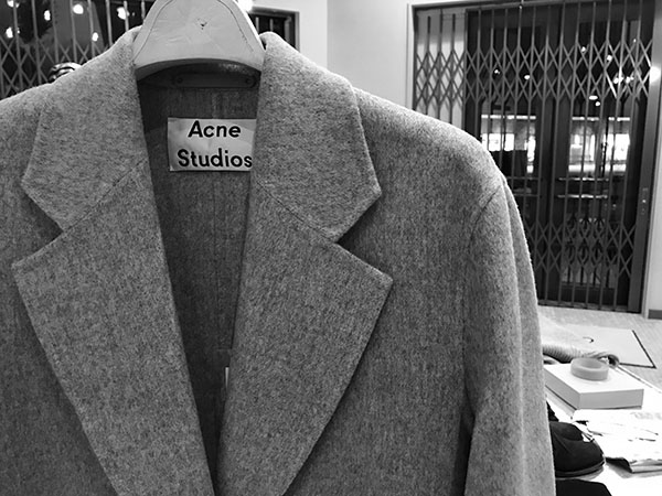 Acne Studios チェスターコート.jpg