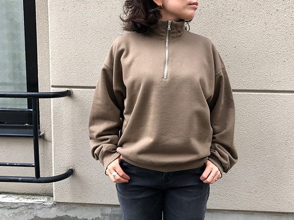 AURALEE BACK WOOL SWEAT HALF ZIP PULLOVER オリーブブラウン.jpg