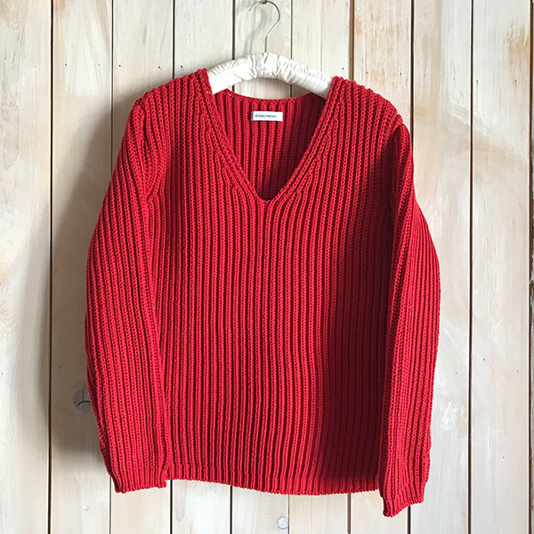 ID DAILYWEAR narrow sliver?lilyyarn v neck knit.jpg