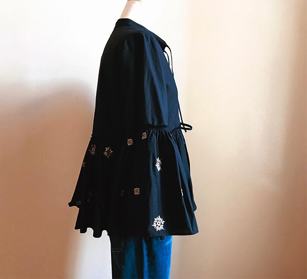 ロンハーマン 刺繍ブラウス ブラック.jpg