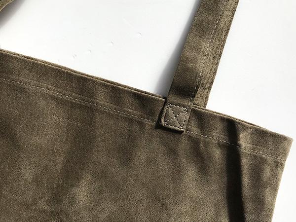 エンダースキーマ pig bag M beige.jpg