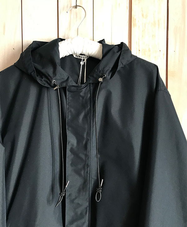 オーラリー FINX POLYESTER HOODED COAT.jpg