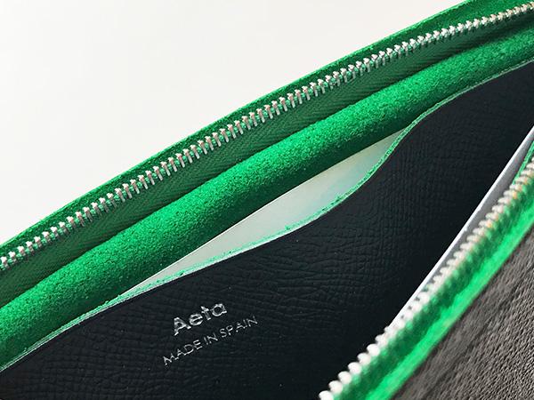 Aeta bicolor wallet M ブラック×グリーン.jpg