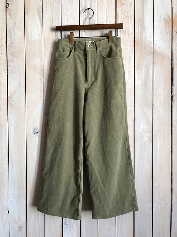AURALEE WASHED CORDUROY PANTS KHAKI GREEN.jpg