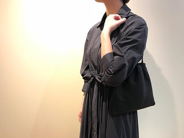 アエタ ショルダーバッグS ブラック.jpg
