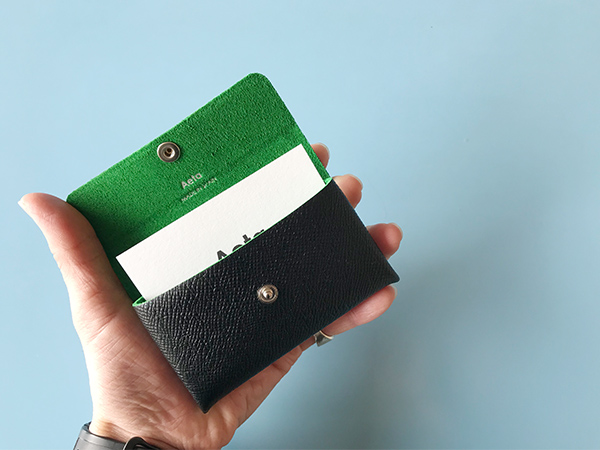 Aeta card case 1layer bicolor collection ブラックグリーン.jpg