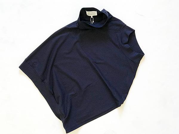 メゾンマルジェラ アシンメトリーTシャツ.jpg