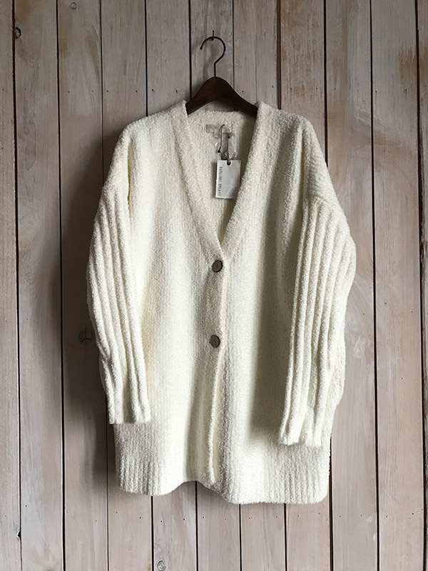 BAREFOOT DREAMS OVERSIZED CARDIGAN WHITE.jpg