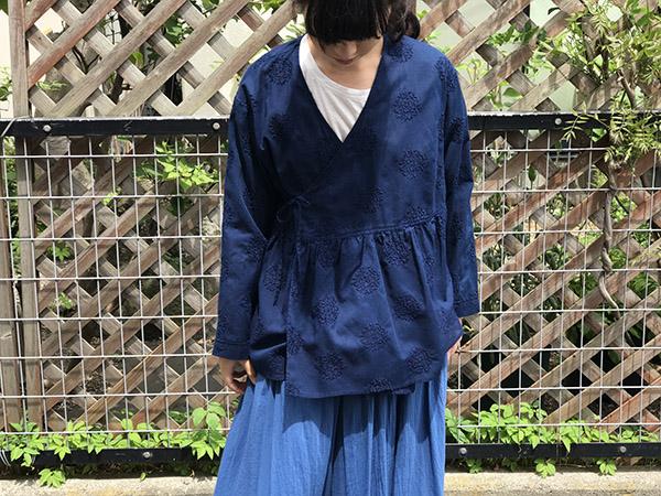 BLUE BLUE JAPAN  リーフサークルシシュウテゾメカシュクール.jpg
