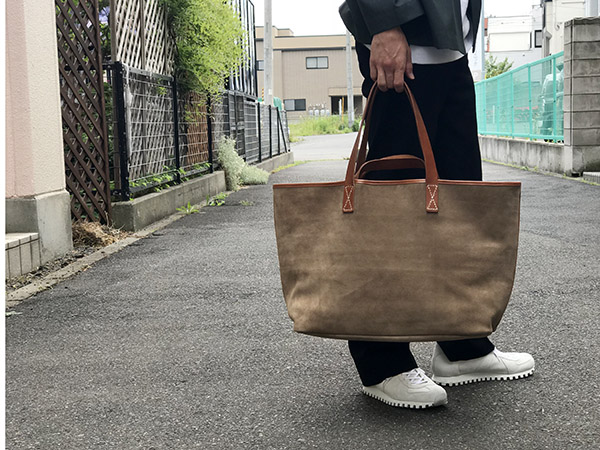 Hender Scheme leather core tote ベージュ.jpg