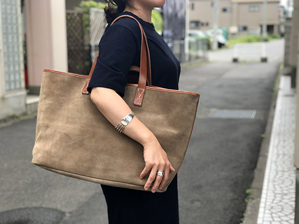 エンダースキーマ leather core tote.jpg