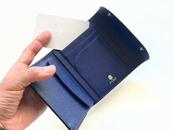 FARO FLAP SHORT WALLET BOLERO ロイヤルブルー.jpg