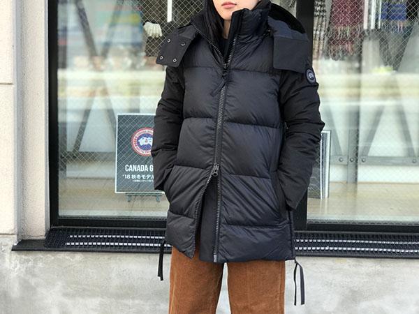 カナダグース ダウンジャケット ホワイトホースパーカ.jpg