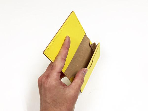 エンダースキーマ カードケース イエロー.jpg