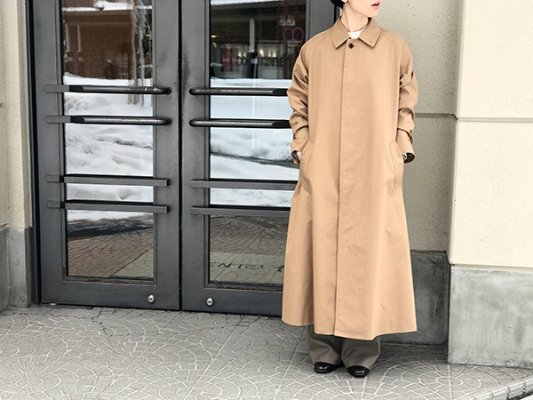AURALEE COTTON SILK GABARDINE LONG SOUTIEN COLLAR COAT.jpg