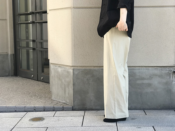 オーラリー WASHED FINX EASY WIDE PANTS.jpg