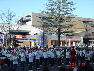 地元小学生の吹奏楽演奏。