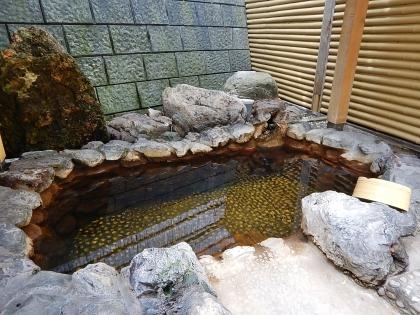 丸金旅館_170722 露天風呂.JPG