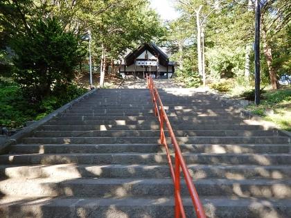 虻田神社_170916 階段.JPG