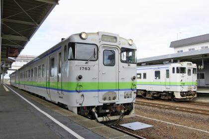 追分駅で室蘭本線キハ40と一緒に_171021 (2).jpg