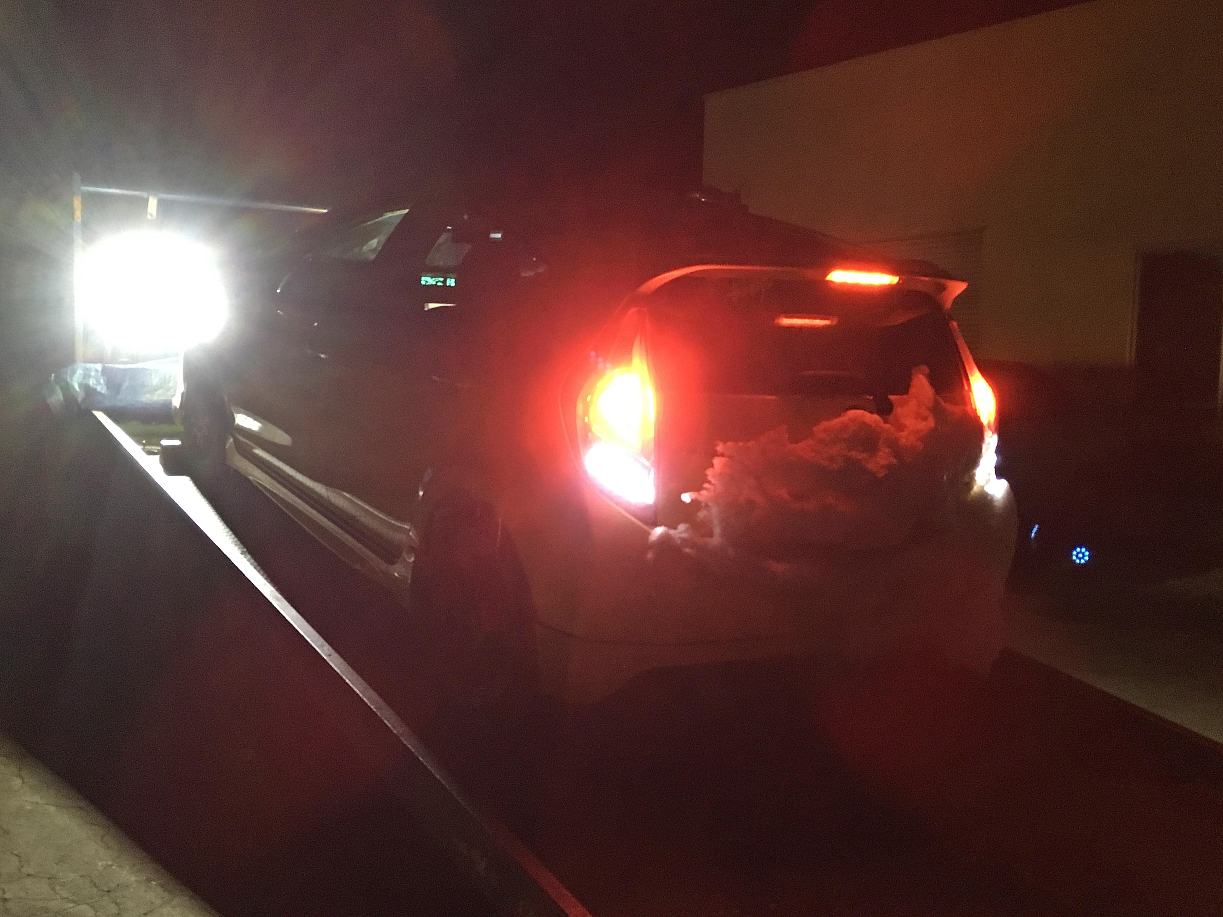 Prius C 警告灯点灯 レッカー完了_180205.JPG