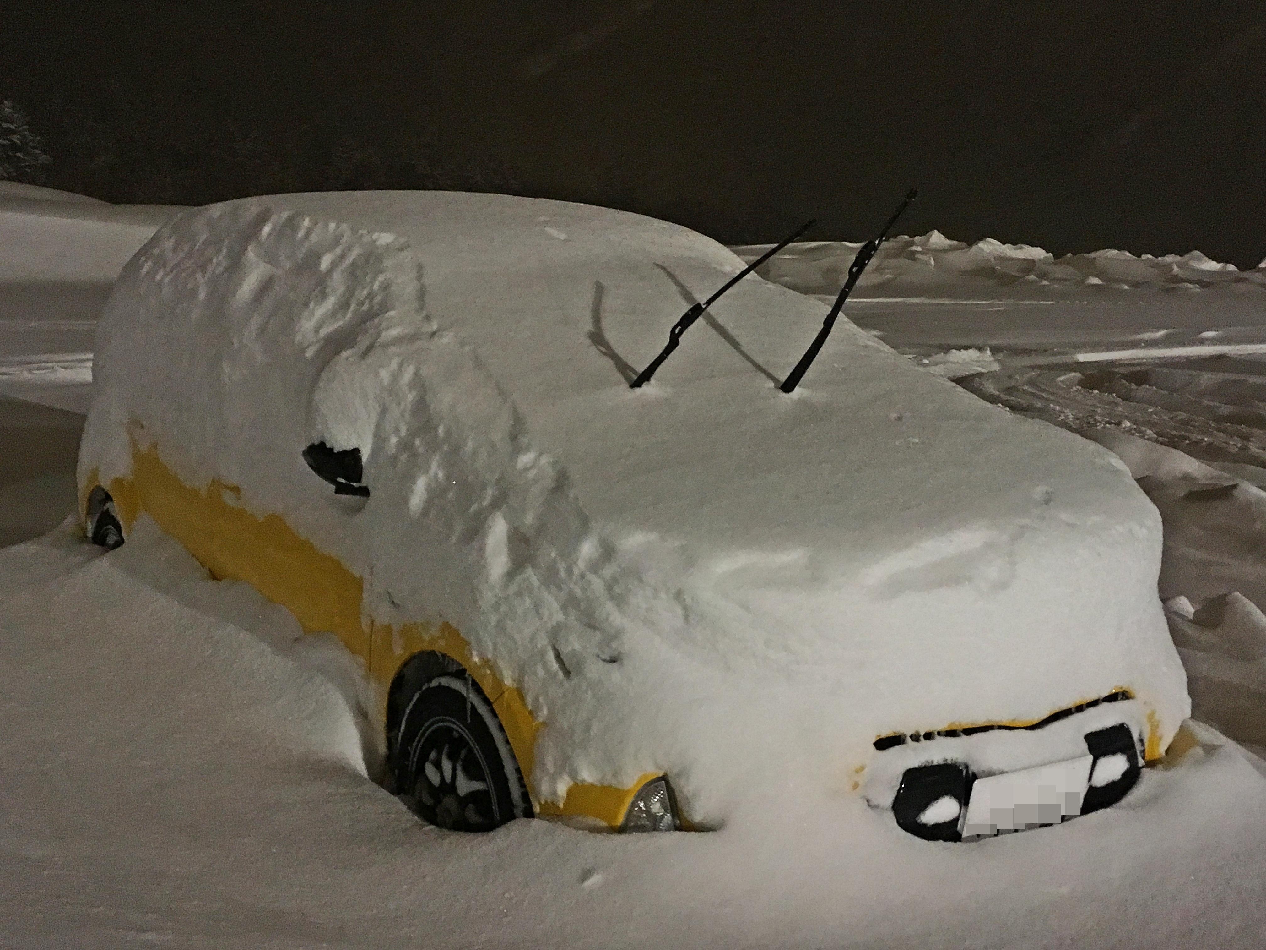 Prius C 大雪_180208.JPG