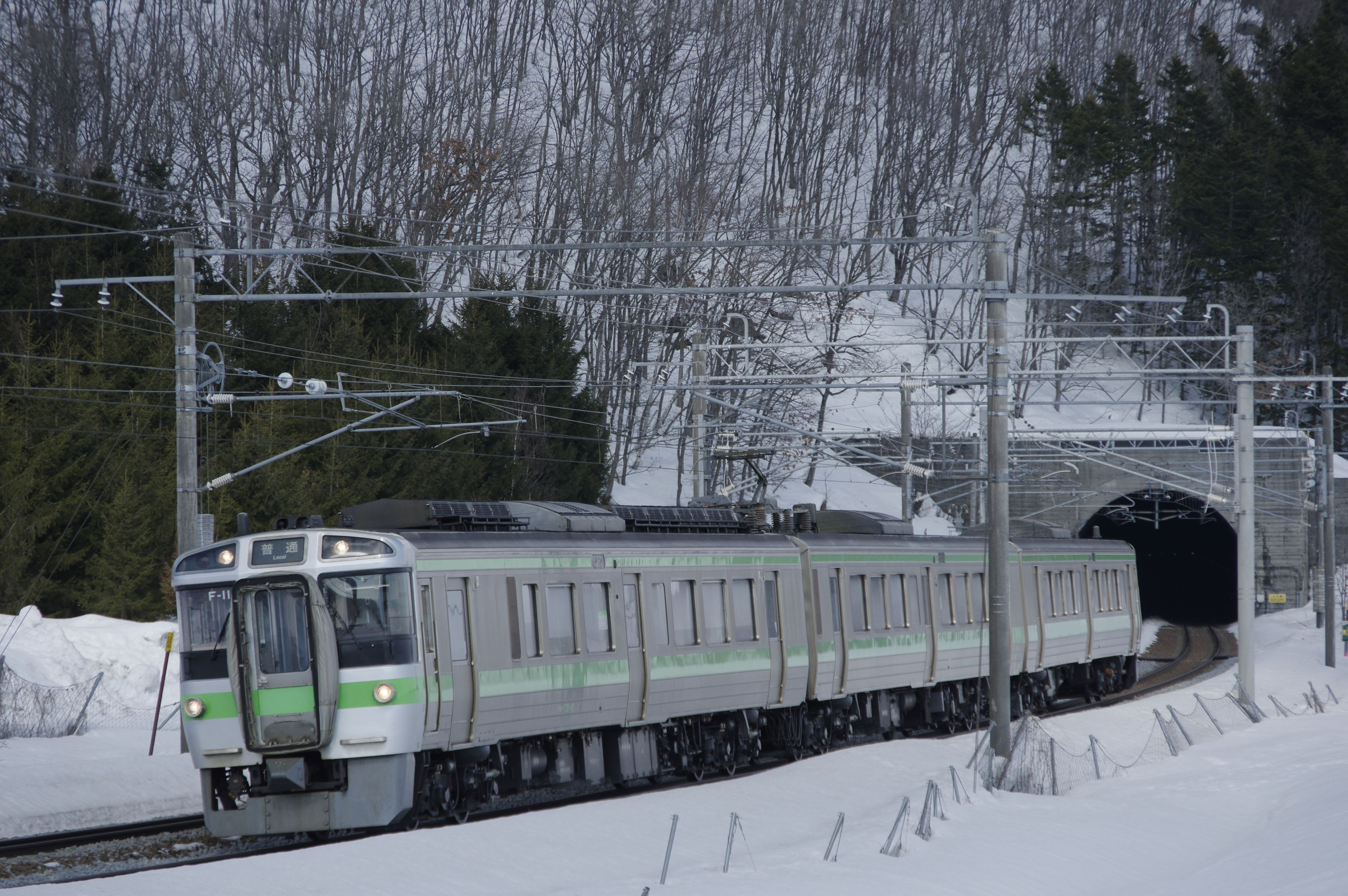近文−伊納 嵐山トンネル 2330M 普通列車_180325.jpg
