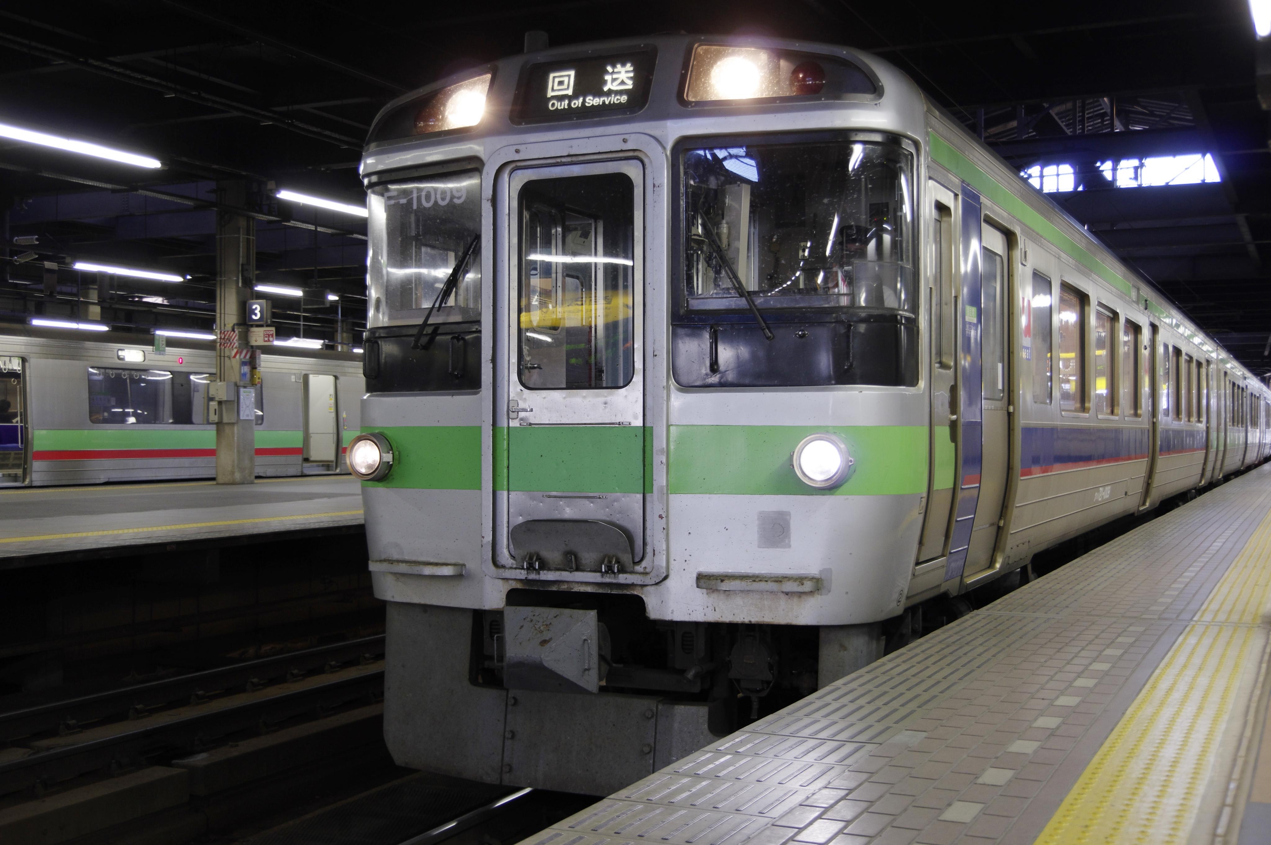 札幌駅 721系F1009編成 回送幕_180520.jpg