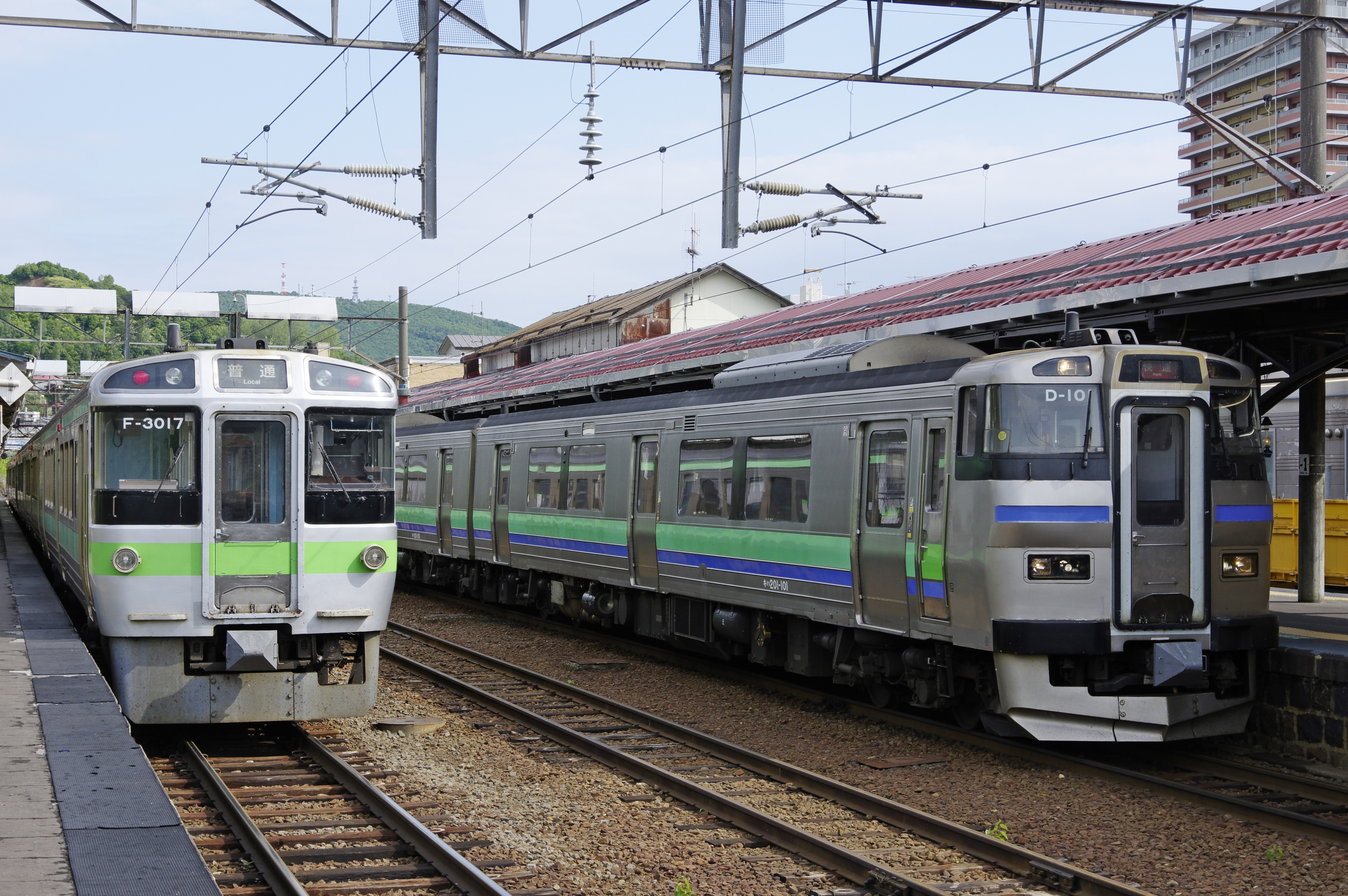 3925D キハ201 ニセコライナー 小樽駅180621 (1).jpg