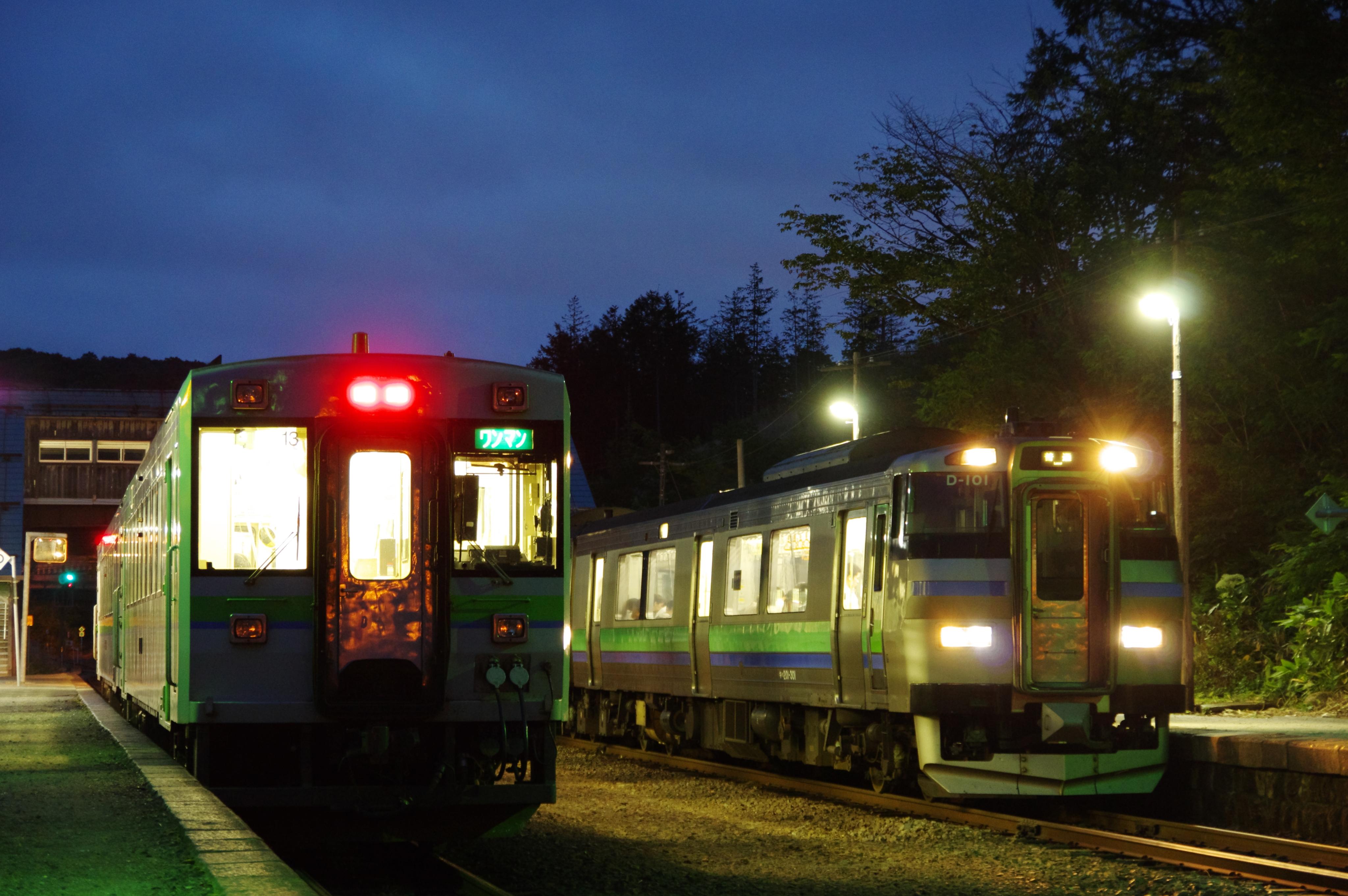 180827 塩谷駅 3954D&1951D.jpg