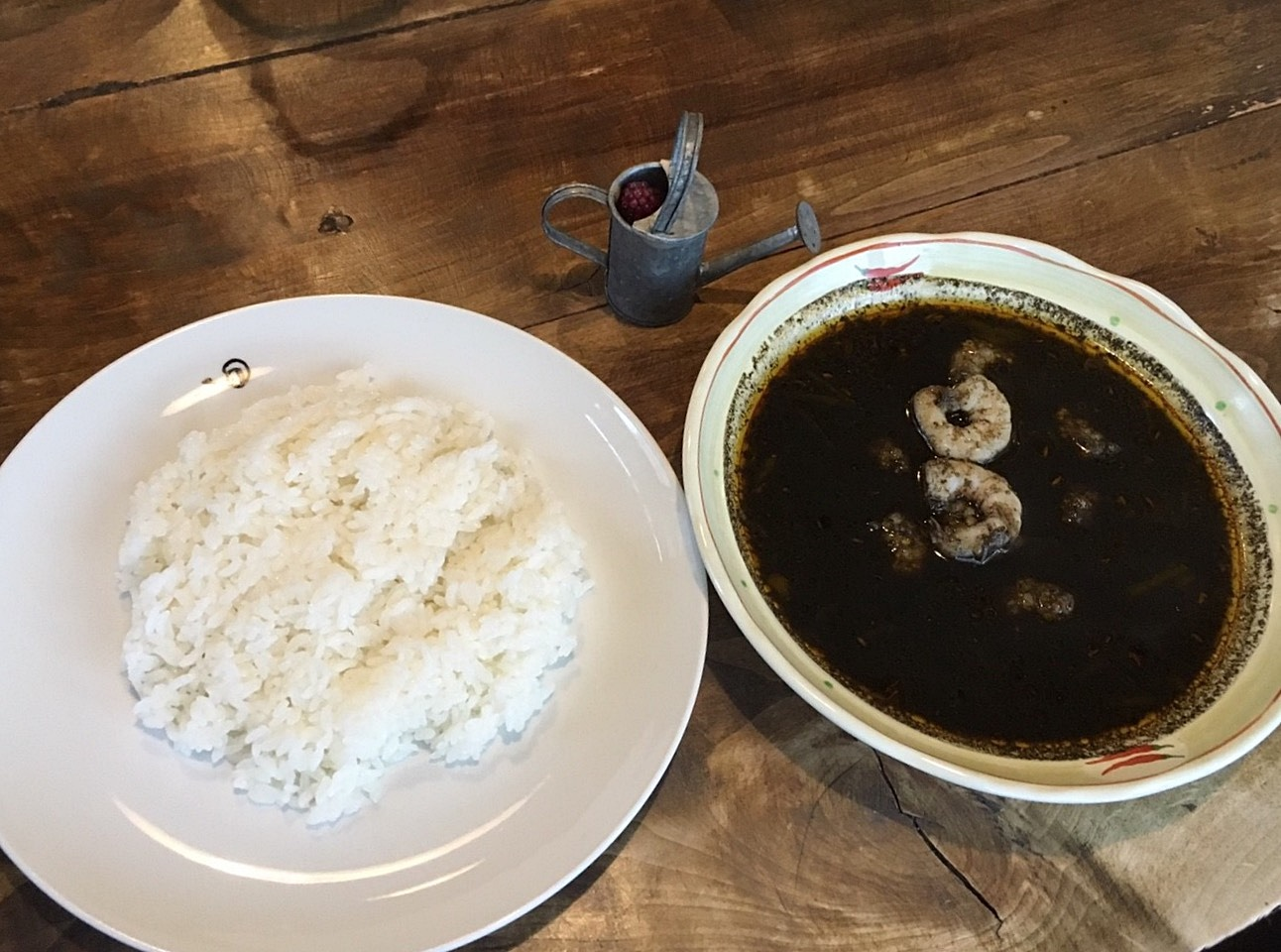 cafe jorro 黒カレー エビダブル(野菜ナシ)withライス.jpg