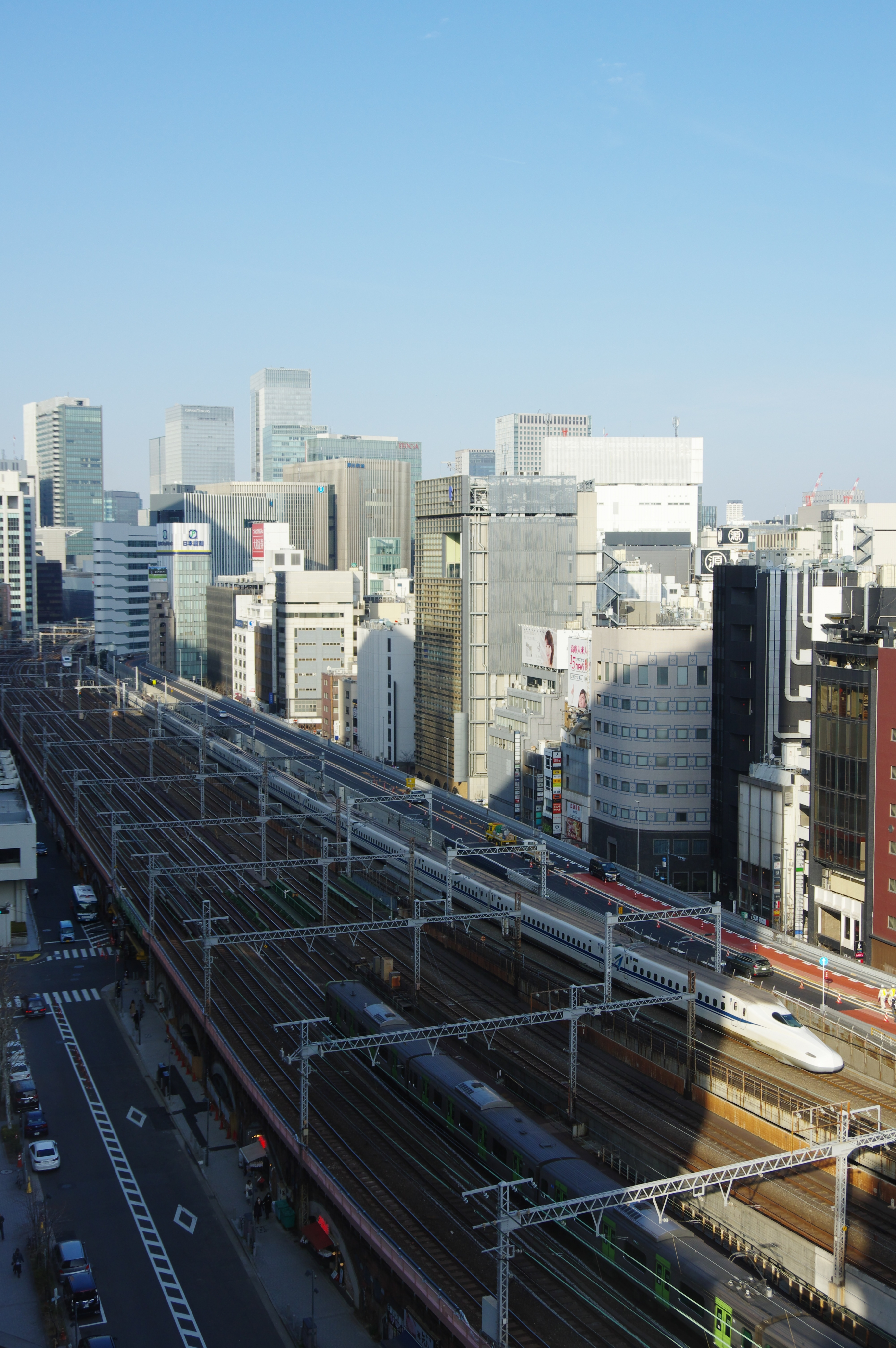 相鉄フレッサイン新橋日比谷口トレインビュー_190224 N700.jpg