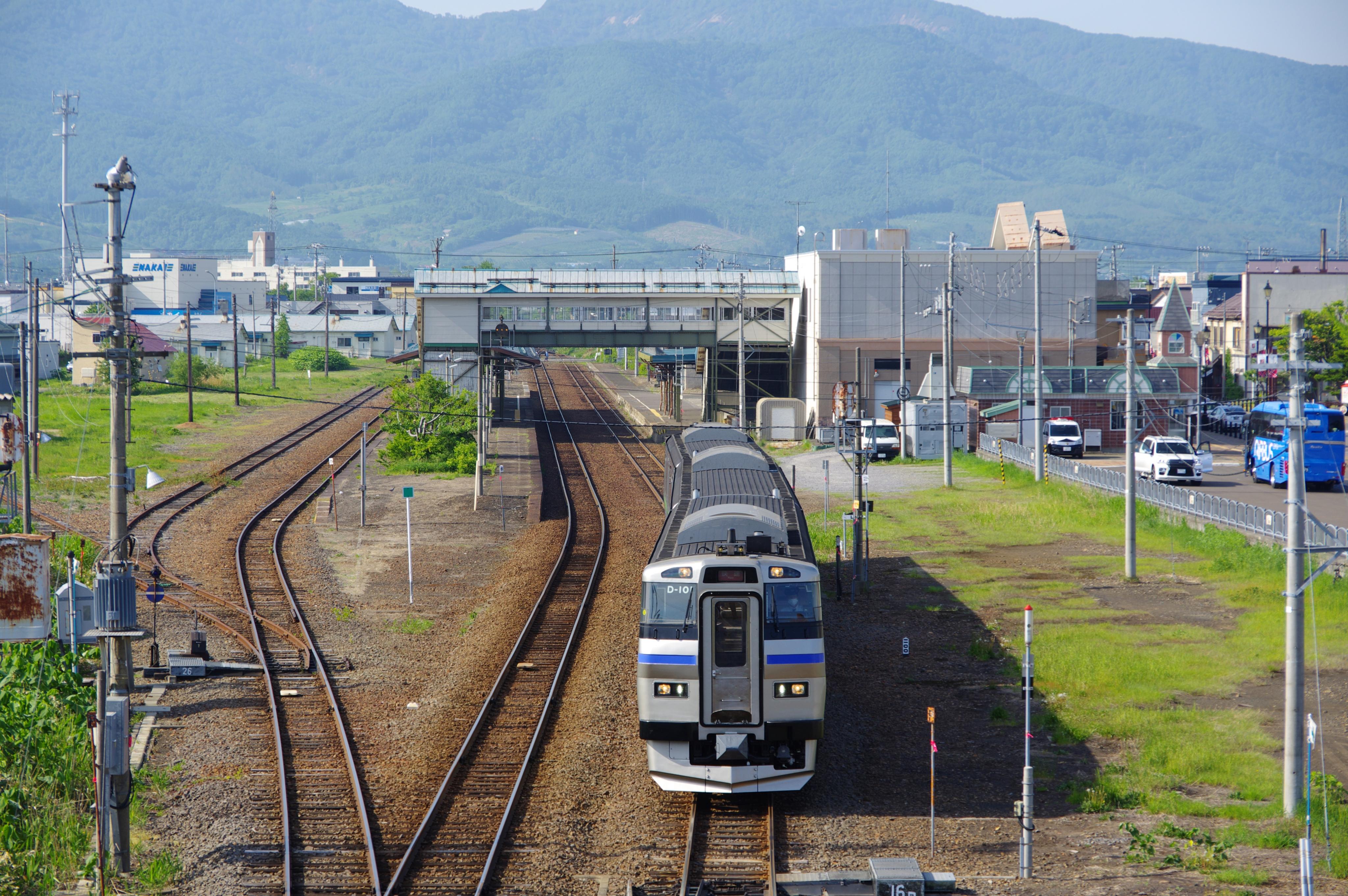 キハ201 快速ニセコライナー 余市駅発車_190526.jpg